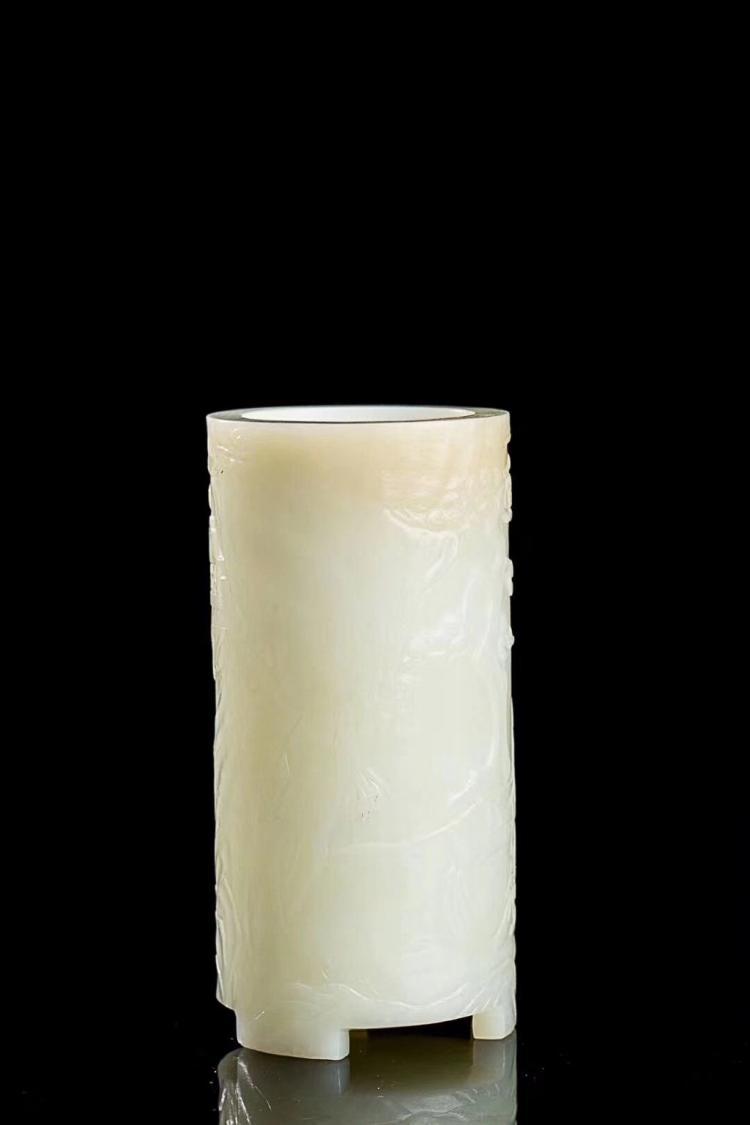 """A HEITIAN WHITE JADE BRUSH POT WITH """"FU SHOU YAN MIAN"""