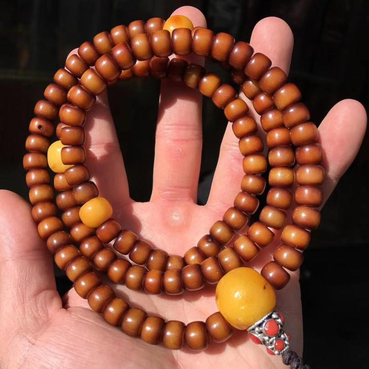 A TIBETAN OLD BODHI PRAYER BEADS