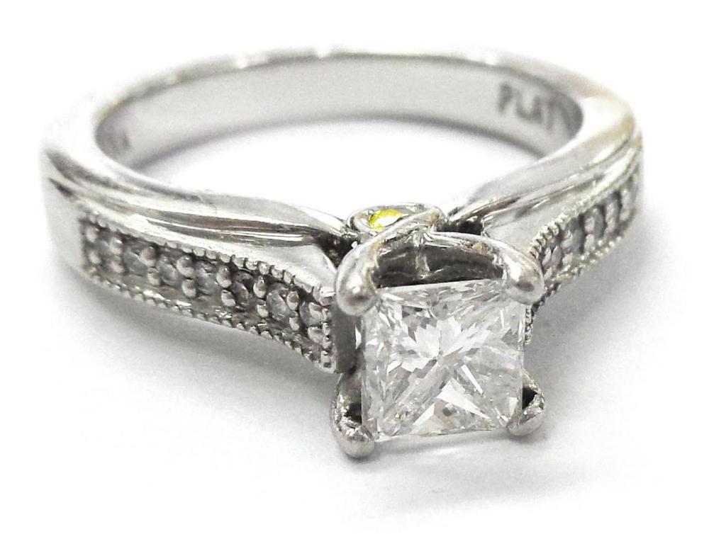 Diamond 0.65 carat