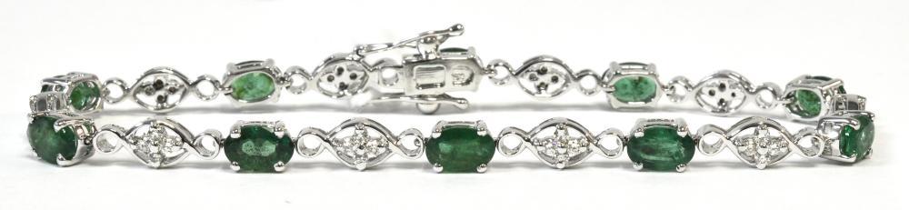 Emeralds 4.40 carats
