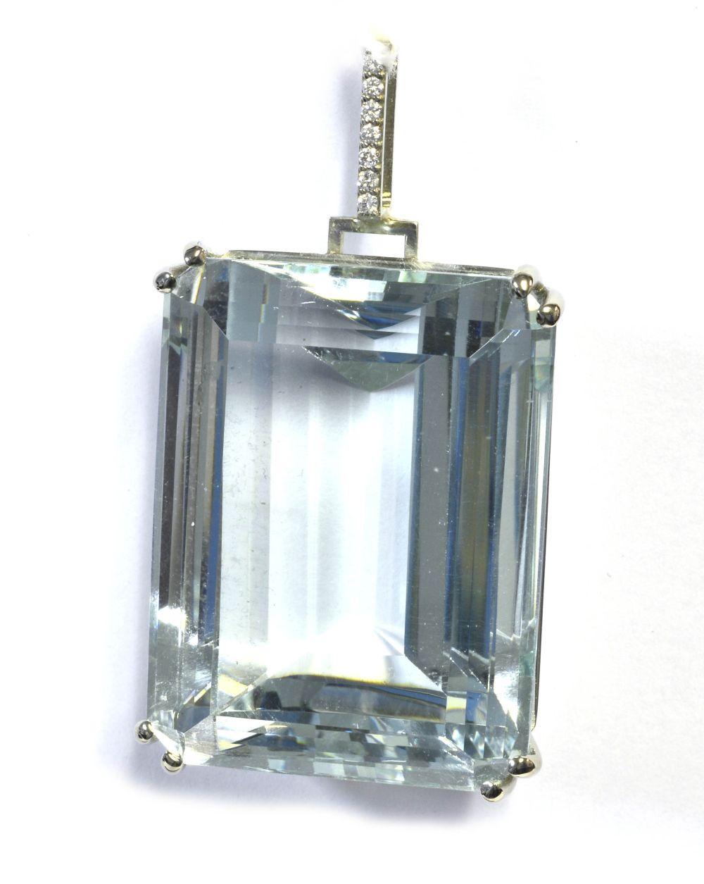 Aquamarine 161.00 carat