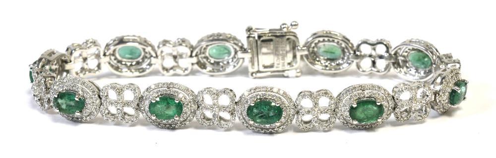 Emeralds 4.68 carats