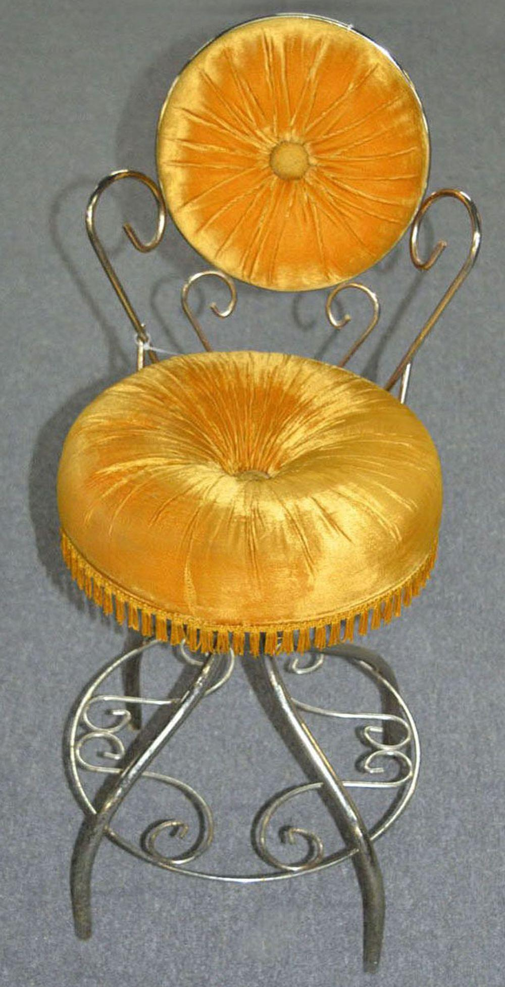 Sold Price Vintage French Vanity Chair August 1 0119 7 00 Pm Edt