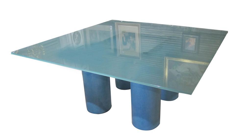 Square salon table