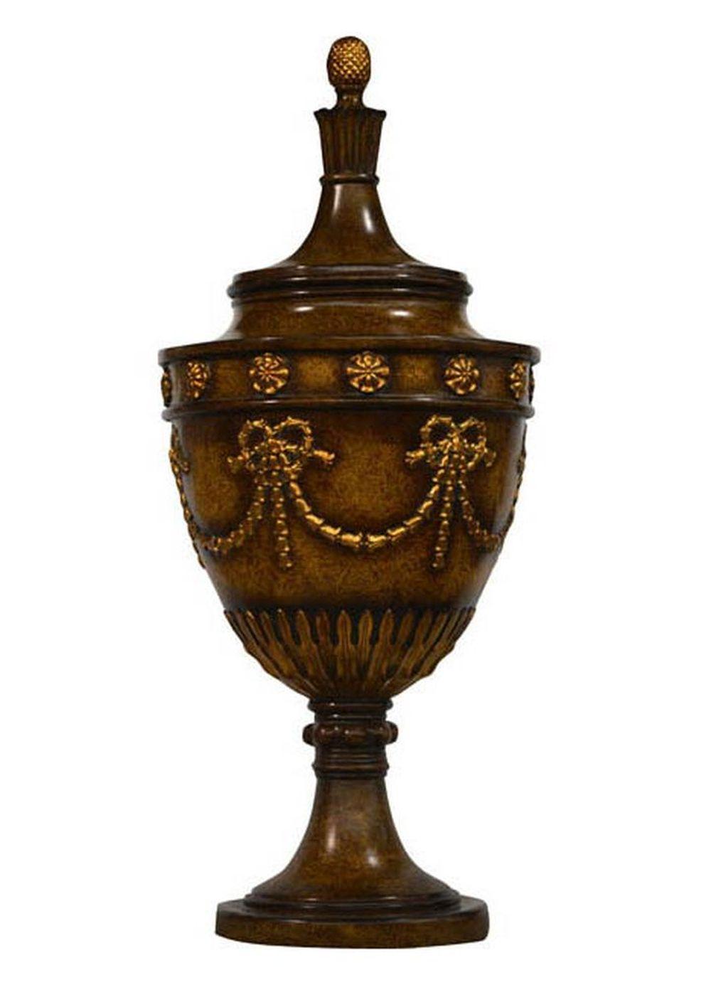 Pair of Valeria-style urns