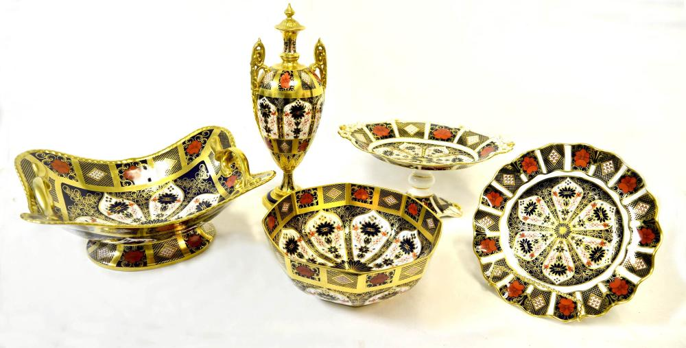 5 pieces of Royal Crown serving pieces