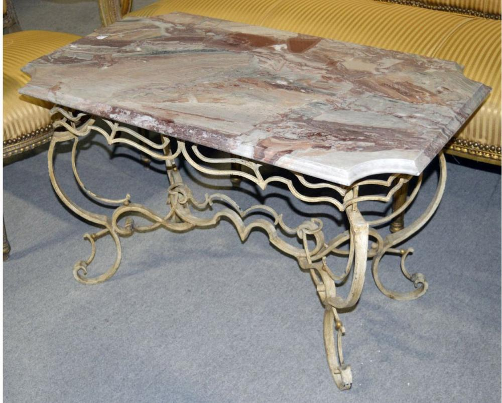 Lot 149: Coffee table