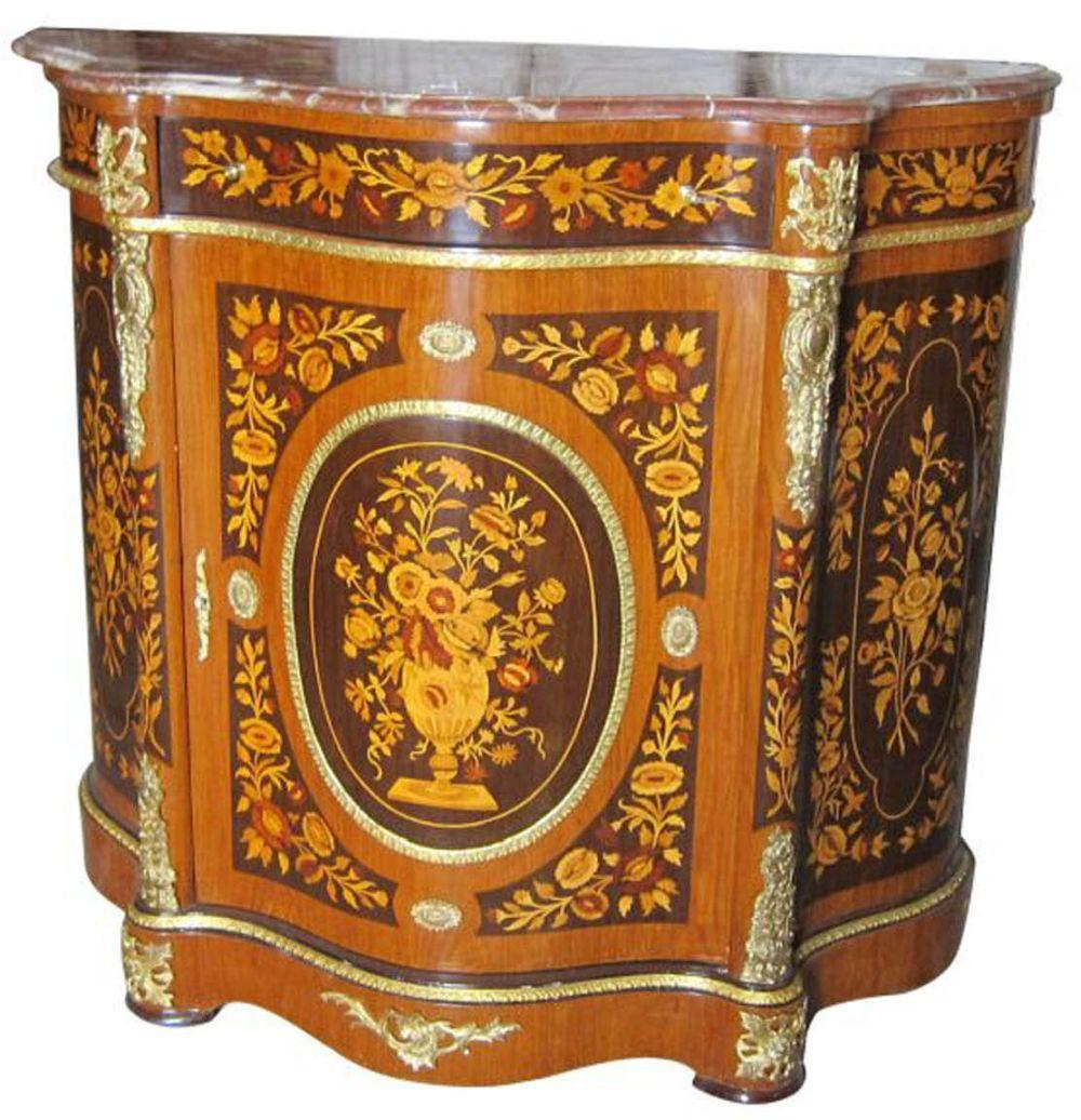 Louis XV-style serpentine-front commode