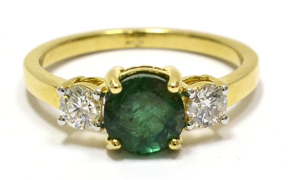 Lot 429: Emerald 1.10 carat