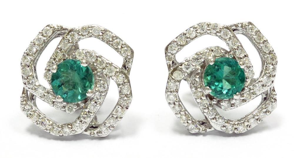 Emeralds 0.95 carats