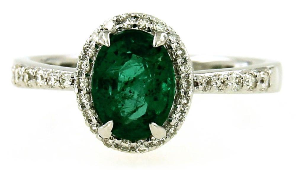 Lot 453: Emerald 1.30 carat