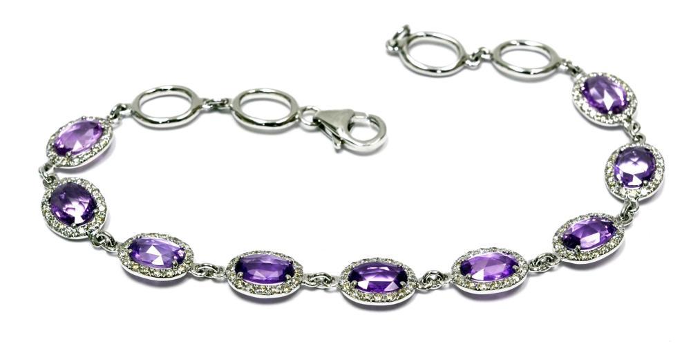 Sapphires 5.60 carats