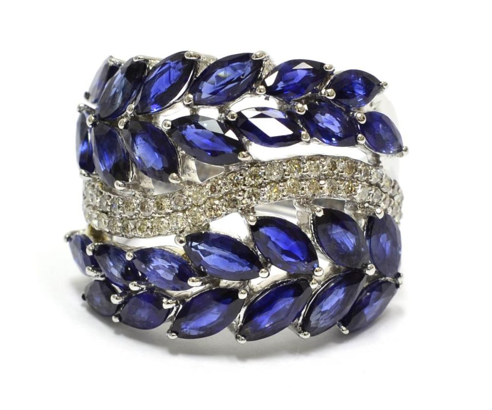 Lot 475: Sapphires 6.30 carats