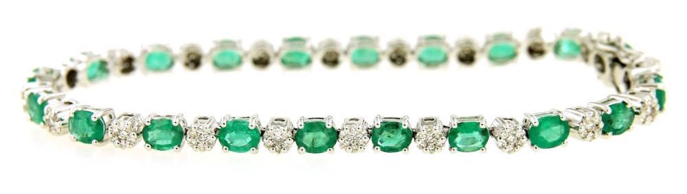 Lot 516: Emeralds 5.90 carats