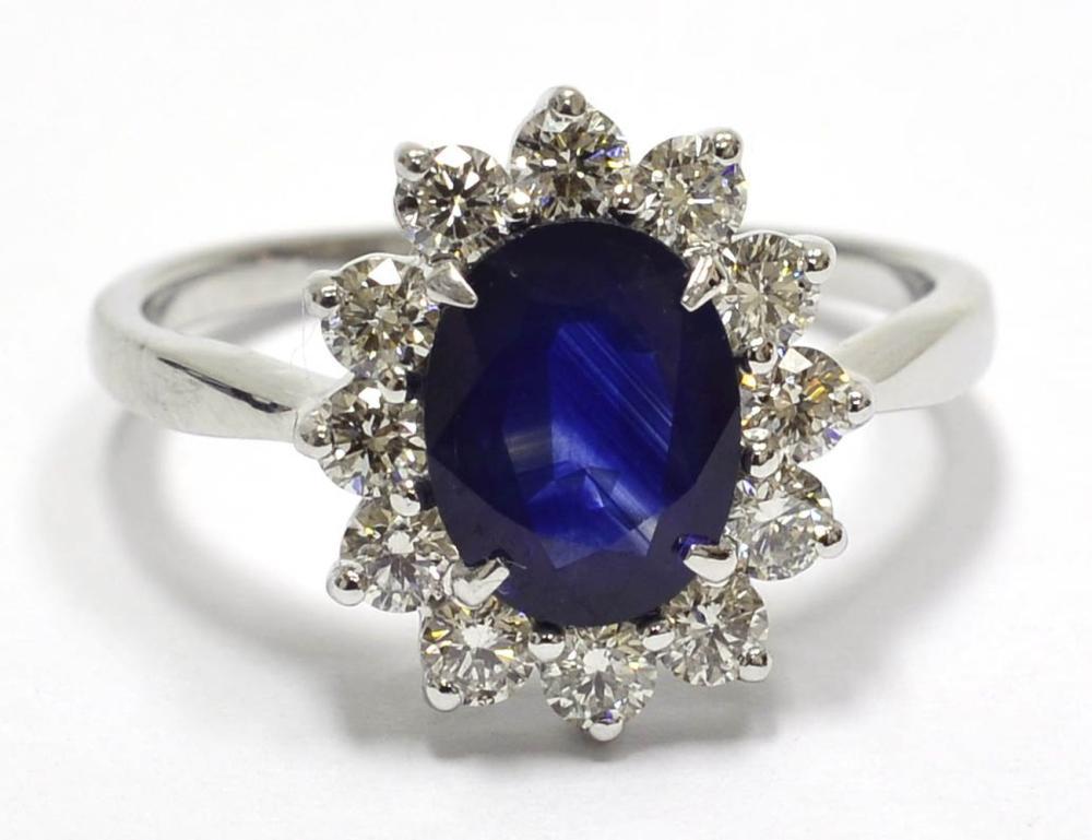 Lot 547: Sapphire 1.35 carat