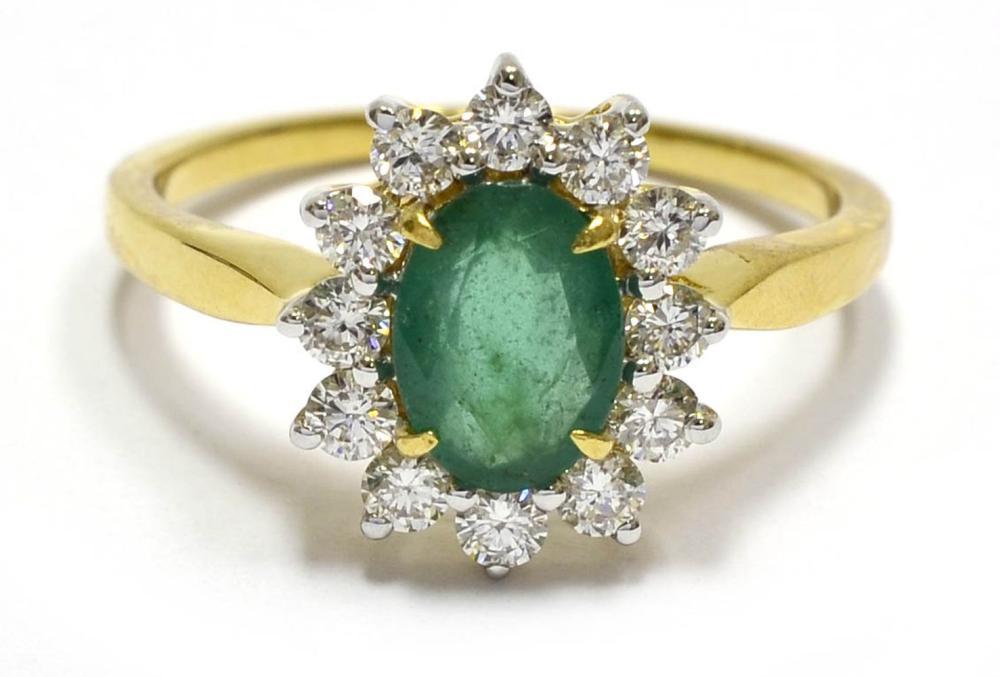 Lot 542: Emerald 0.70 carat