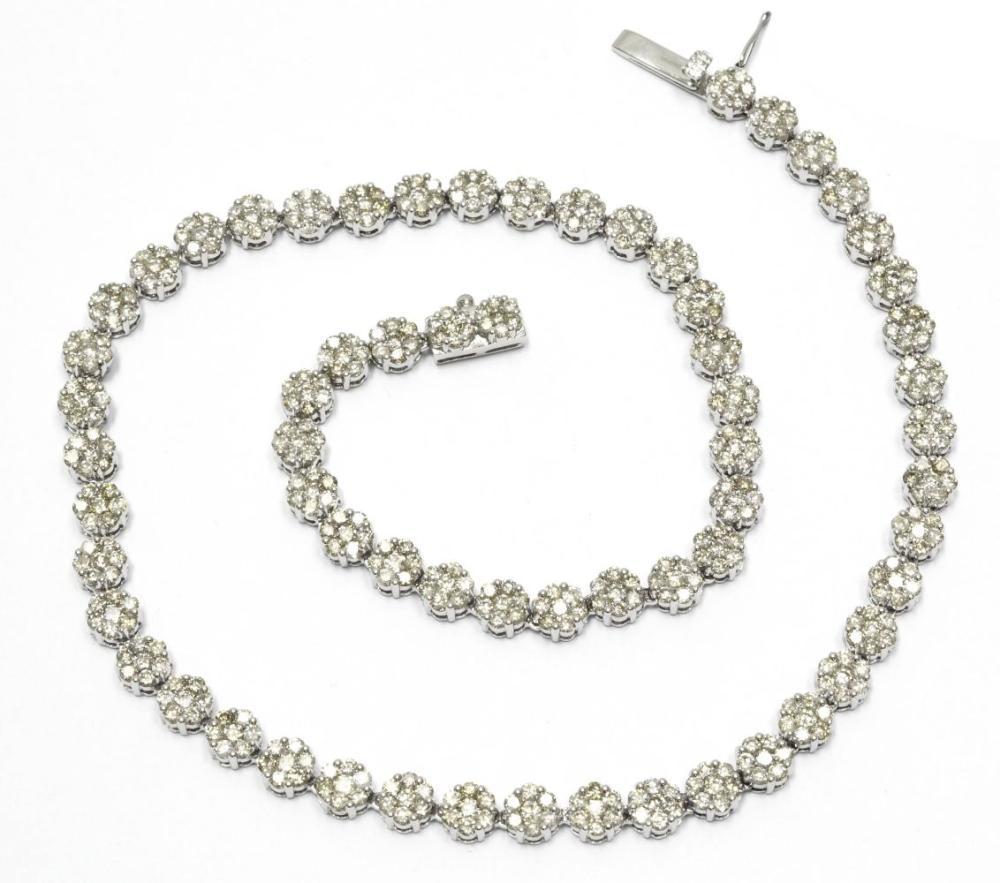 Lot 558: Diamonds 17.50 carats
