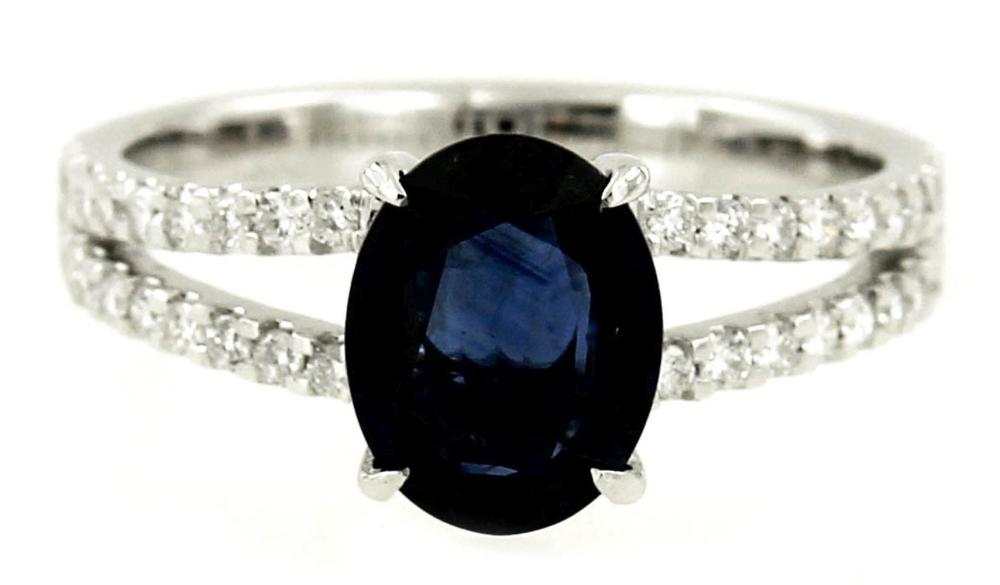 Lot 551: Sapphire 1.70 carat