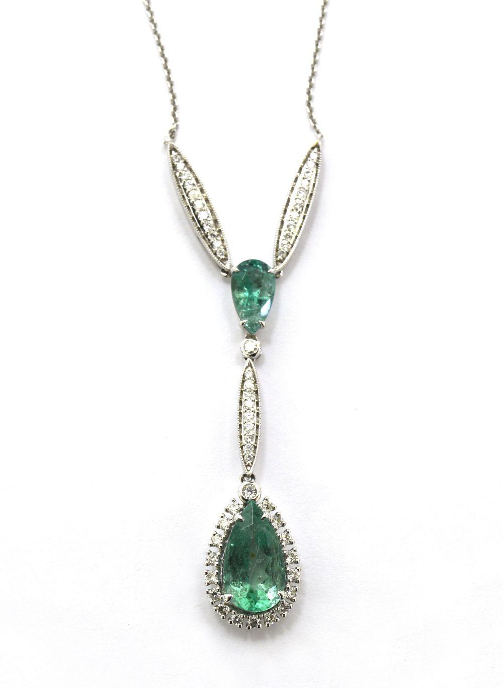 Emerald neckalce 4.20 carats