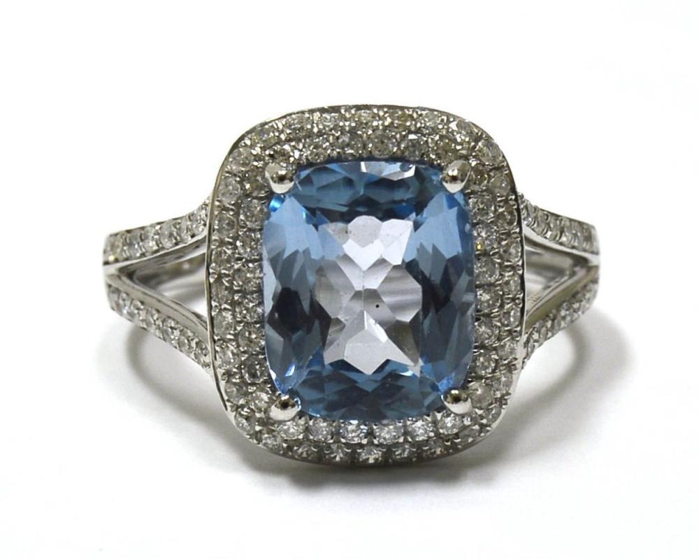 Blue topaz 3.35 carats