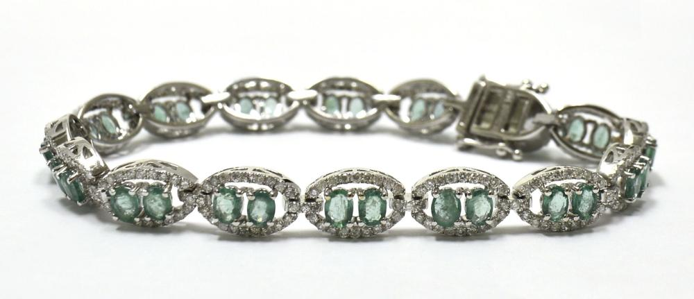 Emeralds 4.00 carats