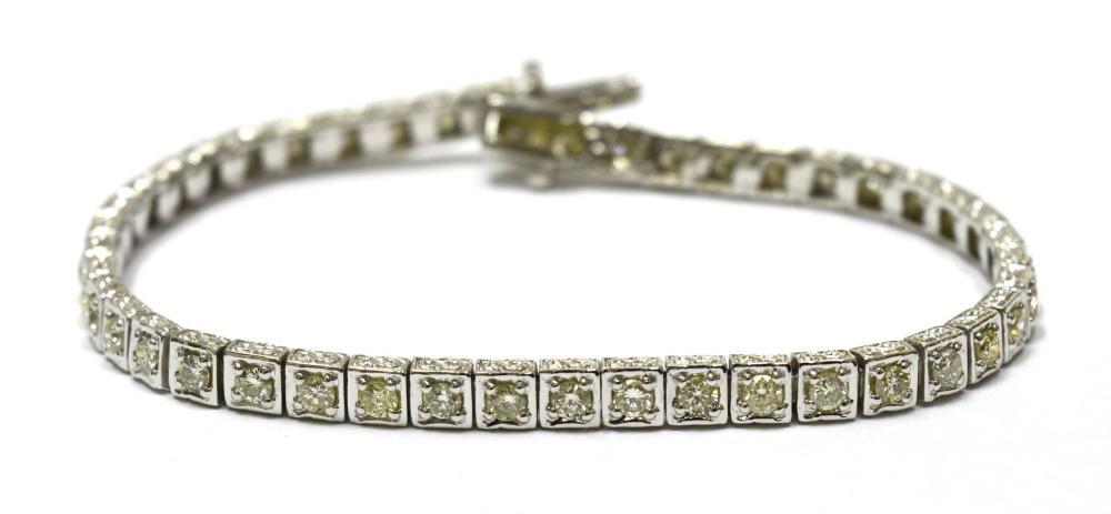 Diamond tennis bracelet 2.72 carats