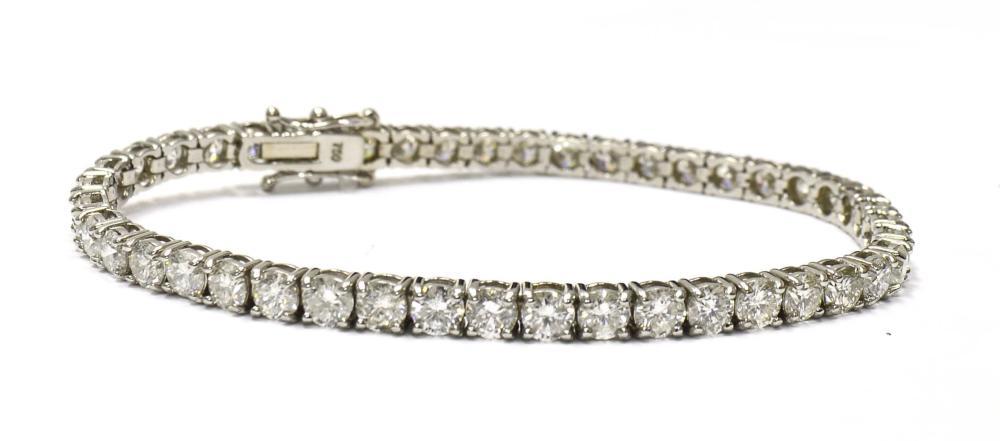 Diamond tennis bracelet 9.45 carats