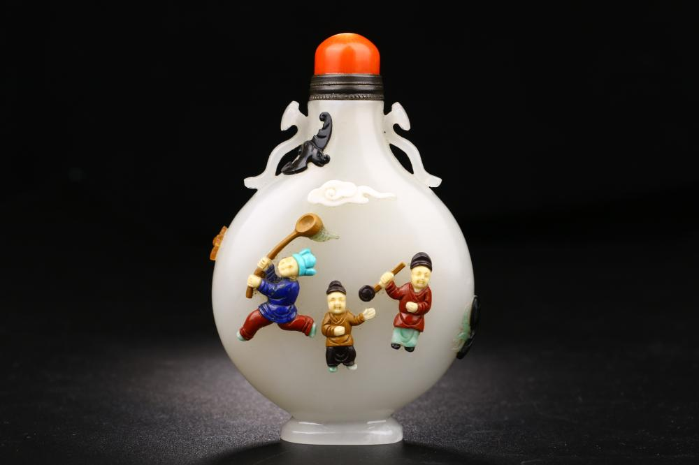 JADE CARVING OF SNUFF BOTTLE & STONE-INLAID