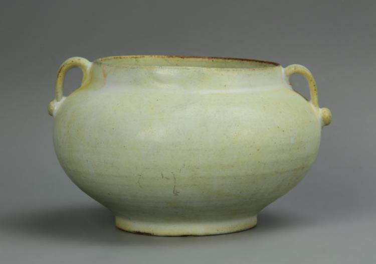 Chinese Antique White Glazed Jar