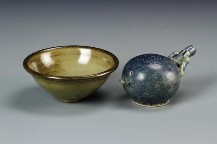 Chinese Yue Yao Style Bowl and Blue Water Dropper