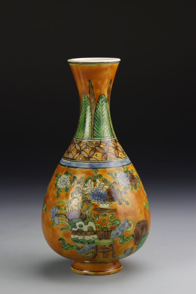 Chinese Sancai Vase