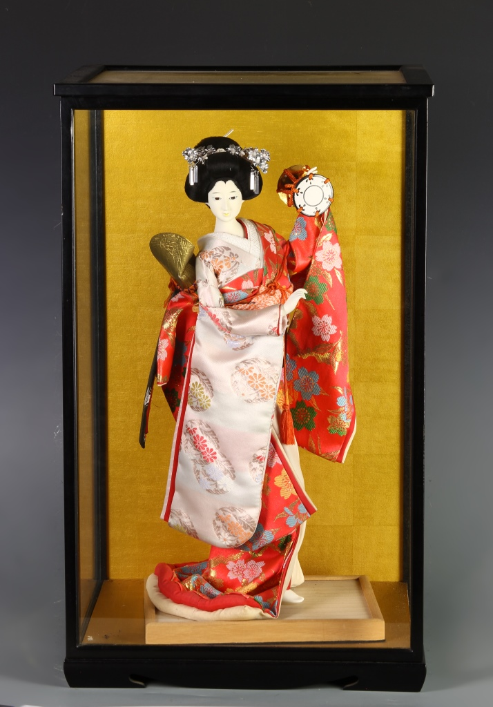 Japanese Vintage Cloth Lady Figure