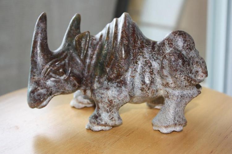 Shang/Zhou dynasty? Chinese carved dark jade rhinoceros