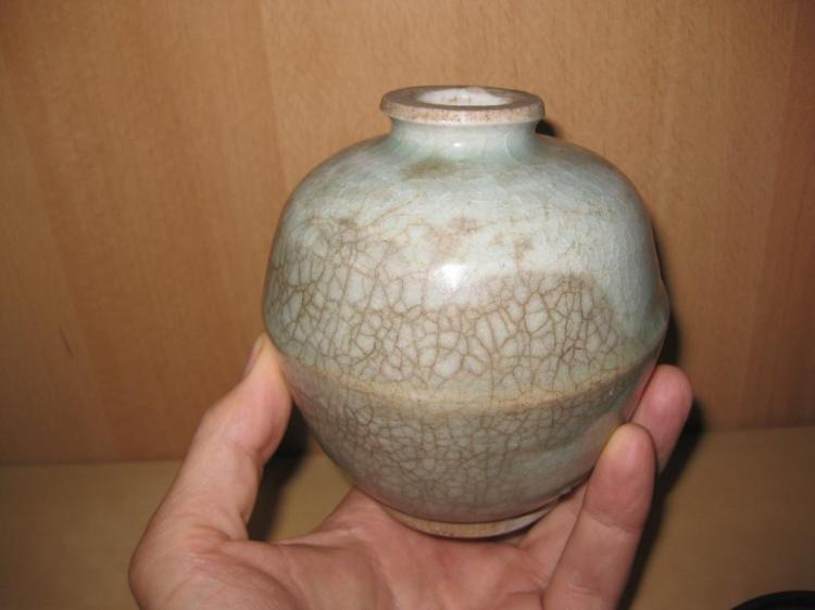 Song Dynasty Lovely Antique Chinese Blue Crackled Jar