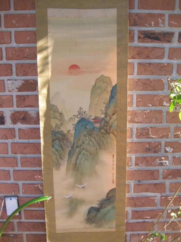 Japanese scroll - Two cranes at mount scenery