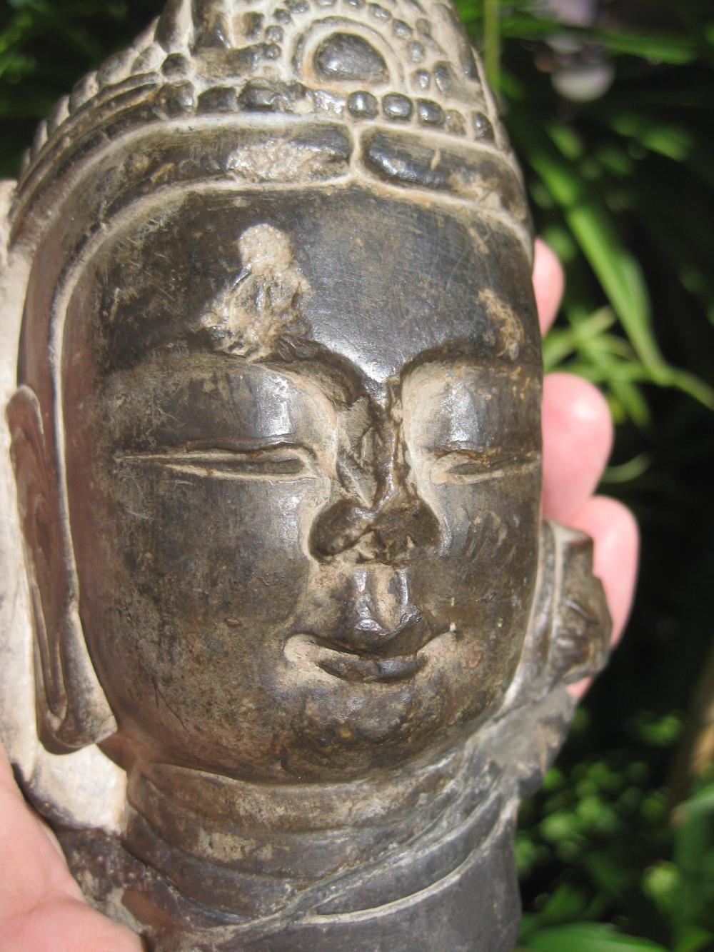 南北朝-隋朝 Chinese Bodhisattva carved stone head, 6th century AD.