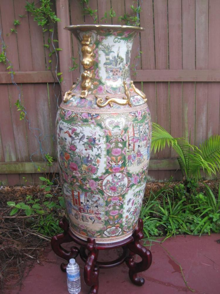 Porcelain gilt chinese rose medallion floor vase 95 cm for Asian furniture tampa