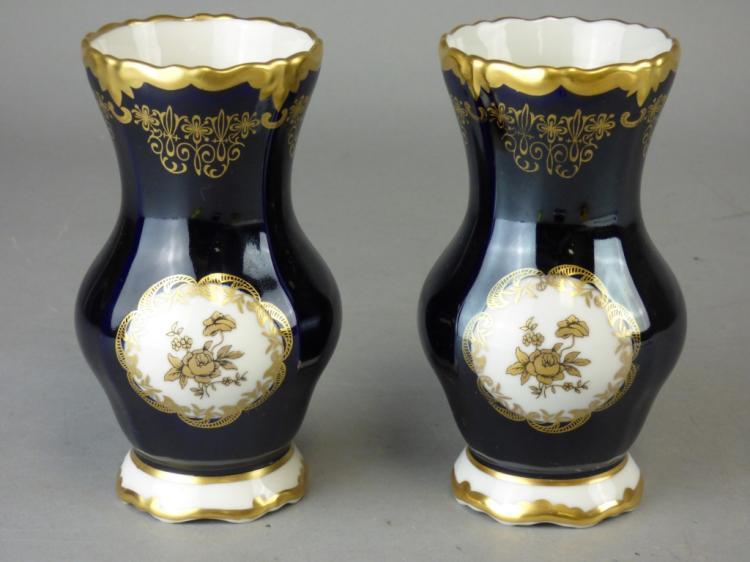 pair of weimar echt kobalt porcelain vases. Black Bedroom Furniture Sets. Home Design Ideas