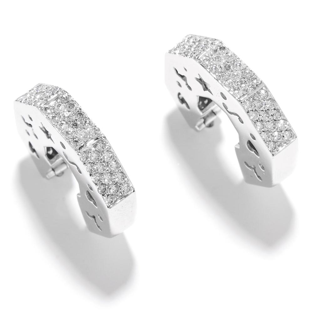 DIAMOND OCTAGONAL HOOP EARRINGS in 18ct white gold, in octagonal hoop form set with round cut diamonds, stamped 750, 1.9cm, 10.09g.