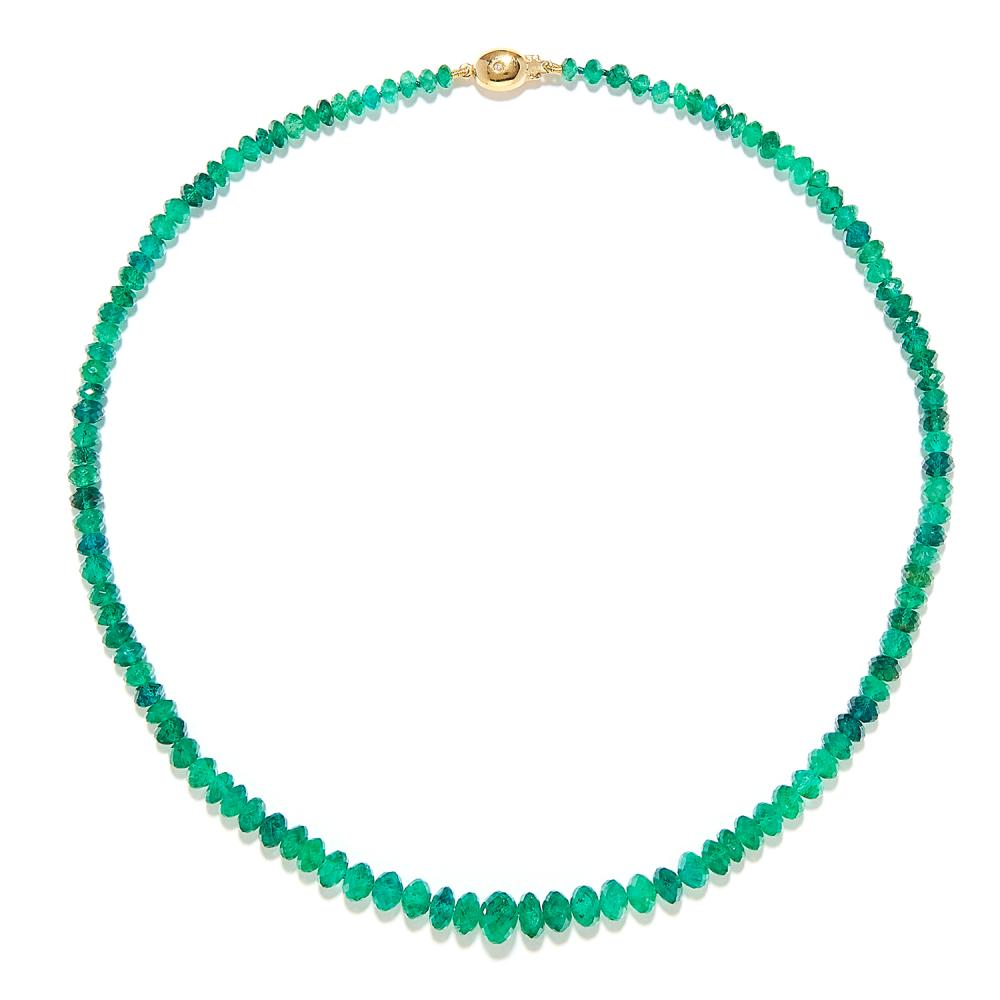 EMERALD BEAD AND DIAMOND NECKLACE in 18ct yellow gold, comprising a row of one hundred and sixteen graduated, faceted emerald beads up to 8.2mm in diameter, on a gold clasp with diamond accent, stamped 750, 41.5cm, 17.7g.