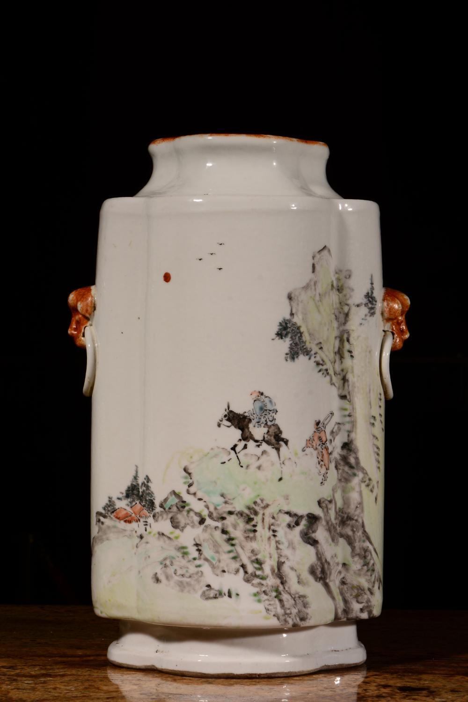 A LIGHT-REDDISH-PURPLE VASE.MARK OF GUANGXU