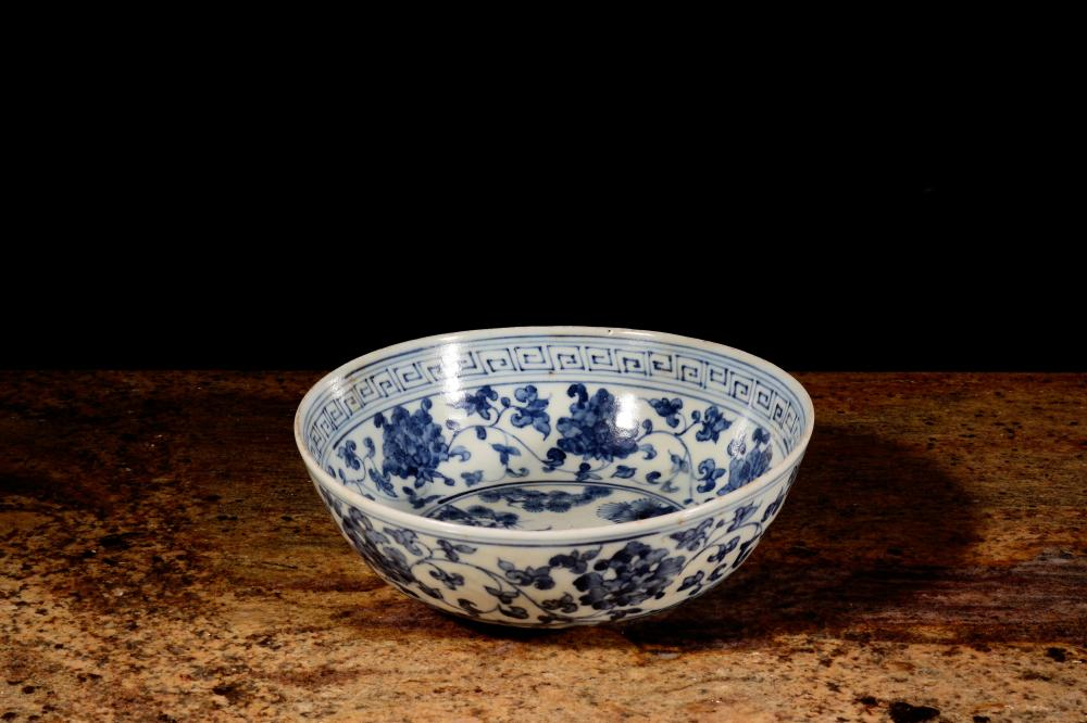 A BLUE AND WHITE BOWL.MARK OF CHONGZHEN