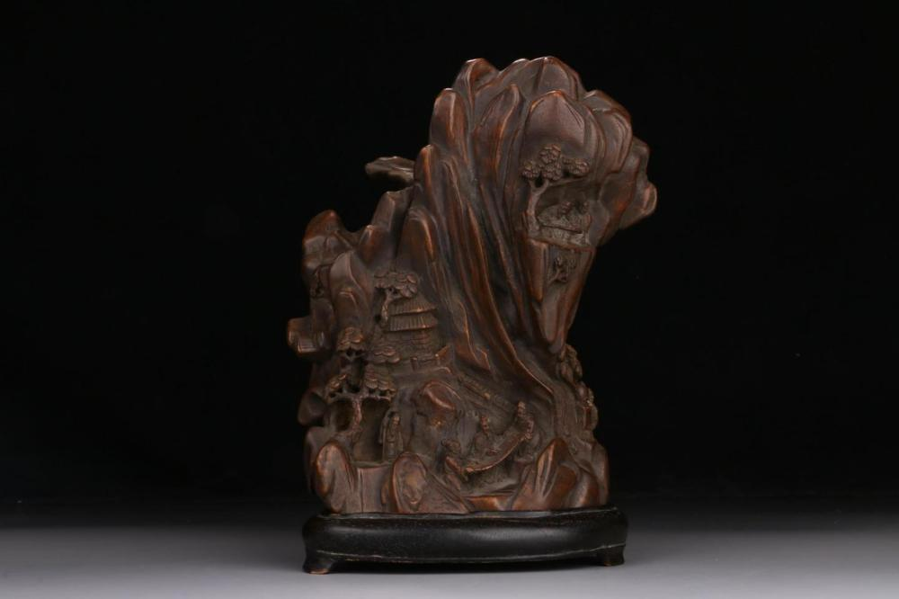 AN AGALLOCH WOOD CARVING OF 'LANDSCAPE' BOULDER.QING PERIOD