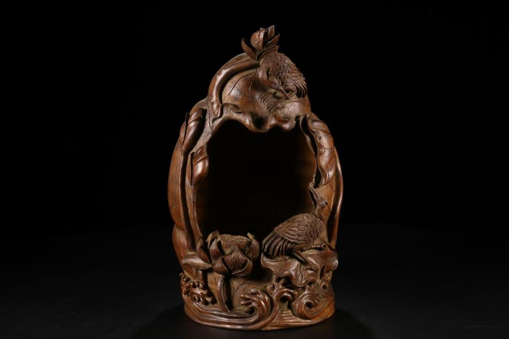 A CARVED BAMBOO 'LOTUS' SHRINE.QING PERIOD