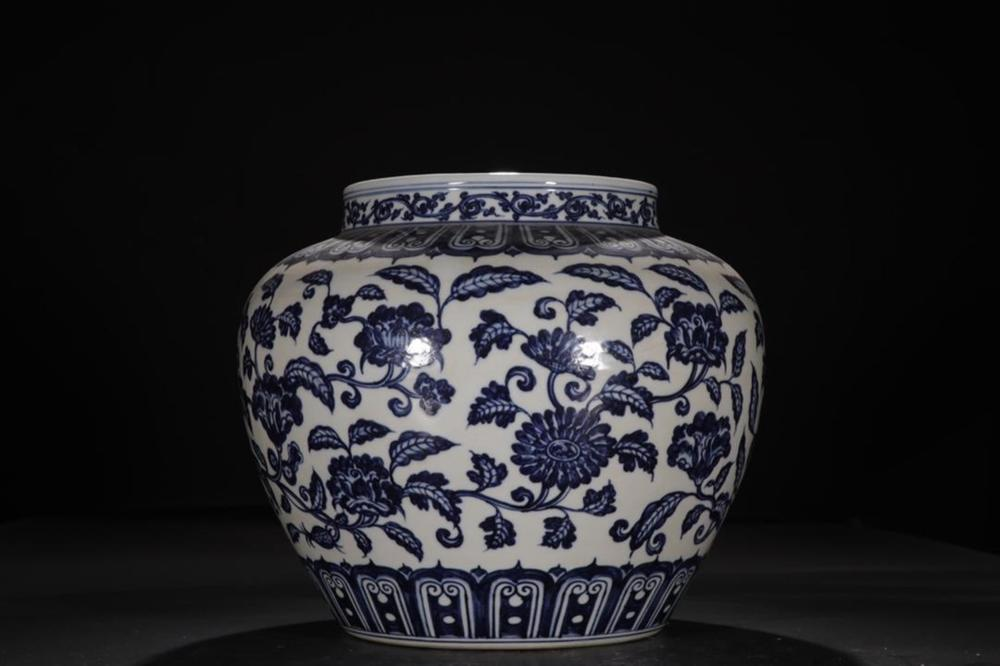 A BLUE AND WHITE 'LOTUS' JAR .MING PERIOD