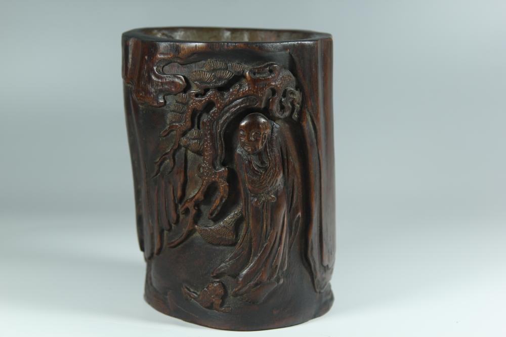 A CARVED AGALLOCH WOOD 'LUOHAN' BRUSHPOT.BITONG.ANTIQUE