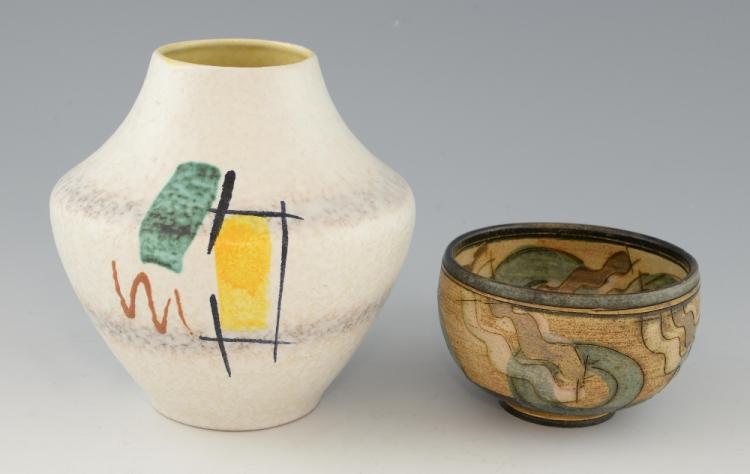 Studio pottery stoneware bowl with geometric desig