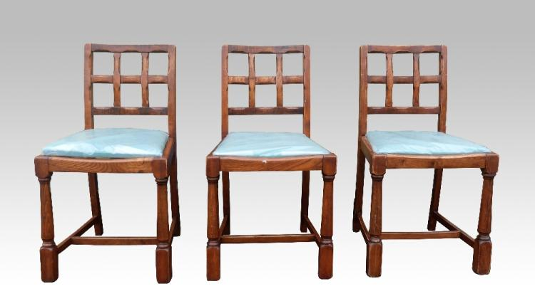 Set of six oak chairs in Cotswold school manner, t