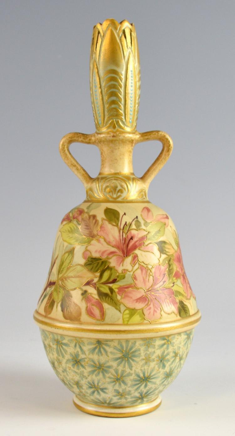 Doulton Lambeth 'Carrara' twin-handled bulbous vas