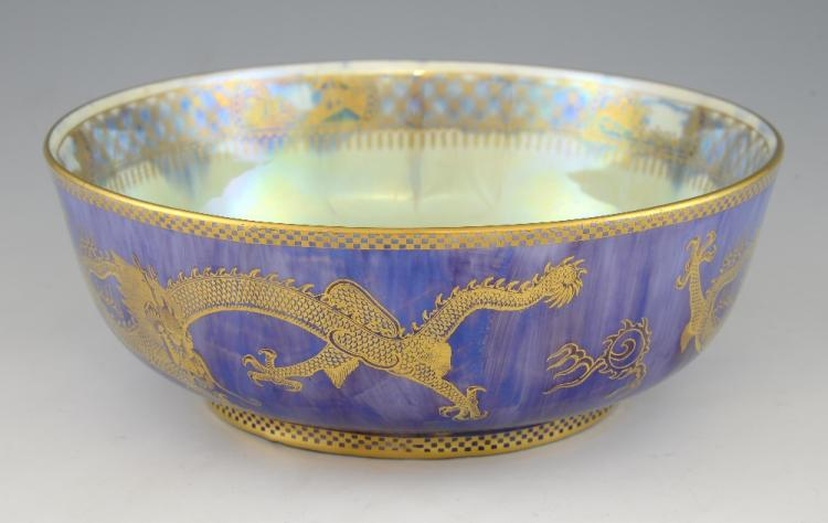 A Wedgwood lustre bowl with large scale dragon dec